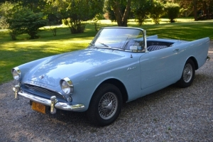 Sunbeam-Alpine-From-Dr-No